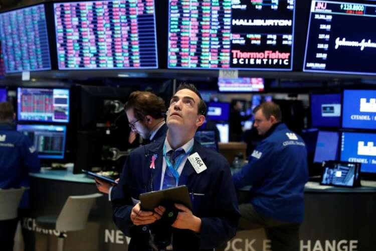 Global Markets: Tech shares buck trend as Wall Street, bonds slide 1