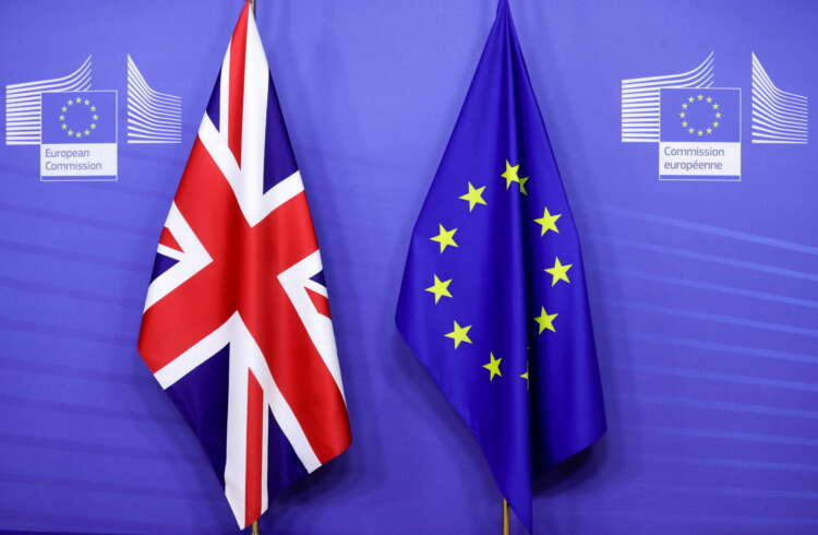 UK seeks further three-month 'grace period' in EU sausage spat 1