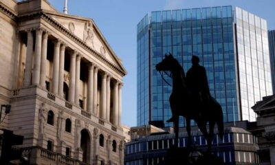 Bank of England set to stay split on QE after inflation jump 21