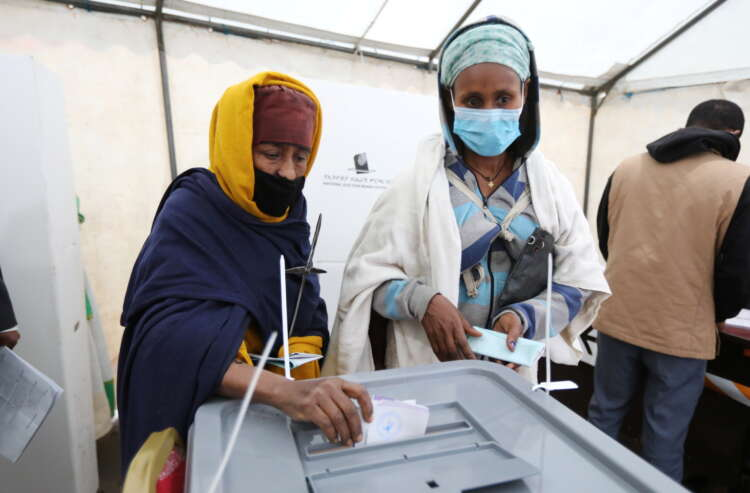 Ethiopians vote as opposition alleges some irregularities 1