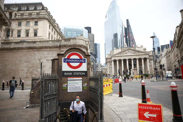 Recovering tax take helps narrow UK public borrowing chasm 1
