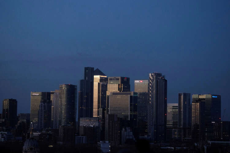 Raters of companies' green credentials need more oversight, UK watchdog says 1
