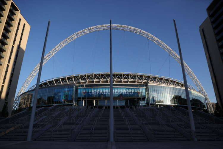 Soccer-Wembley to have crowd of 60,000 for Euro semis and final - UK govt 1