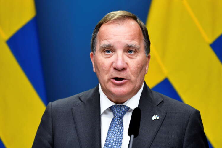 Swedish PM could form new government after Centre Party drops rent reform demand 1