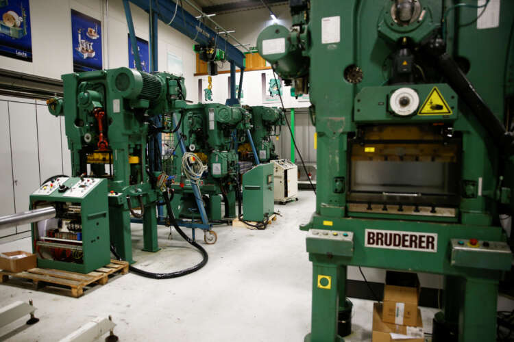 UK manufacturers report swift recovery, more investment