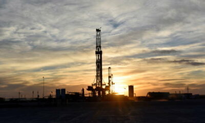 Analysis-Oil companies bet on $100 a barrel as they rush to sell assets 19