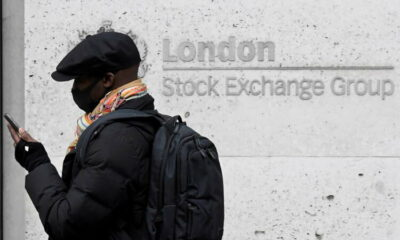 FTSE 100 ends worst session in nearly three-weeks as banks, commodity-linked stocks weigh 15