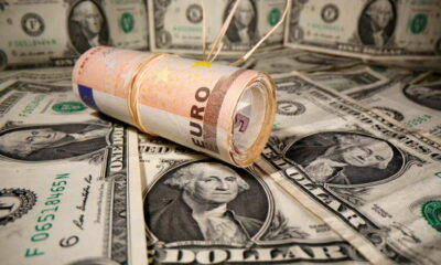 Euro near 3-month low after soft data, dollar looks to Fed's minutes 9