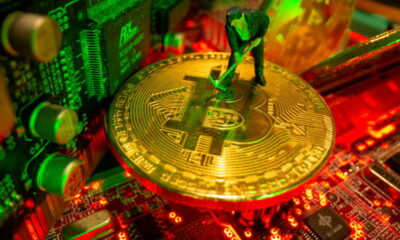 Analysis-Limited capacity, difficult logistics to slow Chinese bitcoin miners' global shift 3