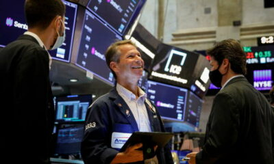 U.S. stocks edge up after Fed minutes, bonds steady, dollar firm 9