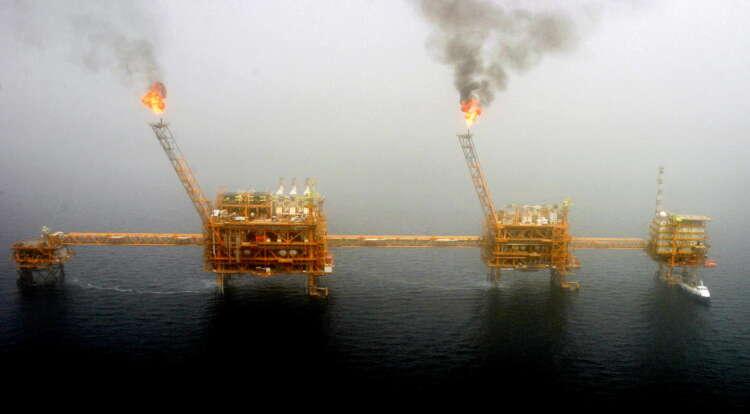 Oil falls in volatile trade as investors seek OPEC clarity 1