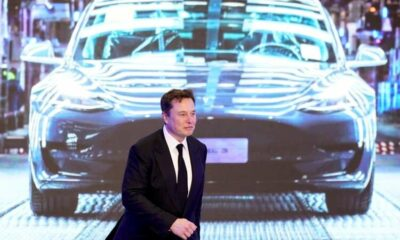 Musk trial asks the $2 billion question: Who controls Tesla? 17