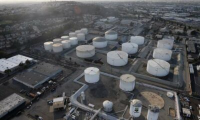Oil prices slip as economic fears offset tightening crude supplies 3