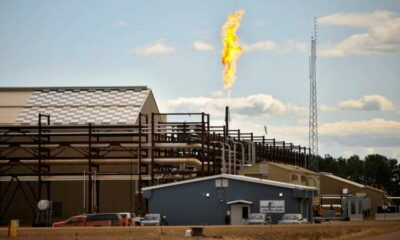 Oil edges higher on expected further draw in crude inventories 17
