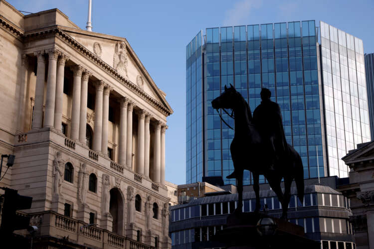 Bank of England scraps curbs on bank dividends as pandemic crisis fades 1