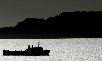 Shipping industry seeks to combat dark oil transfers at sea 3