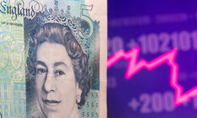 Pound recoups early losses on signs of hawkish turn at BOE 9