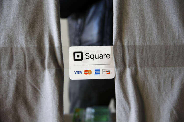 Square launches small business banking 1