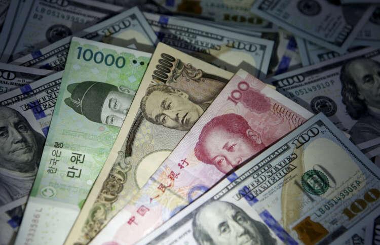 Dollar, yen in retreat as risk sentiment revives, Musk lifts bitcoin 1