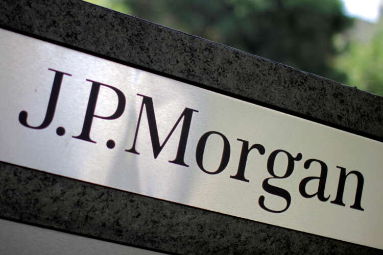 JPMorgan to give all wealth clients access to crypto funds - Business Insider 1