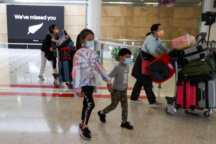 Bubble burst: New Zealand suspends quarantine-free travel with Australia 1