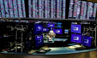 Global equity funds post outflows on virus worries - Lipper 4