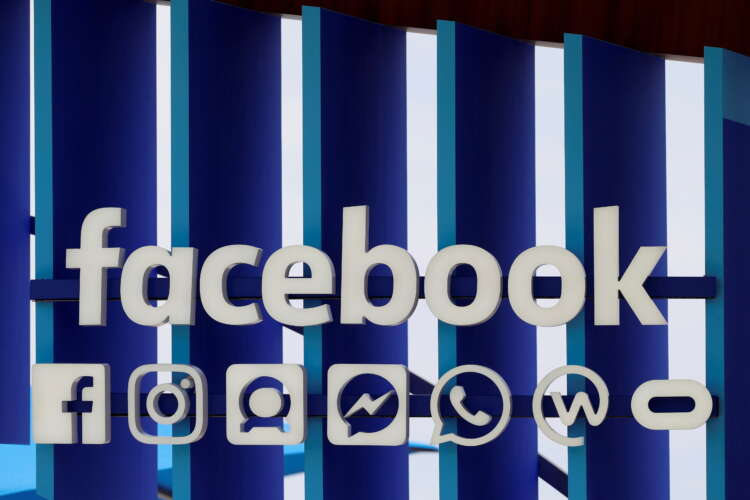 Facebook warns growth to slow significantly, mandates vaccine for U.S. staff 1