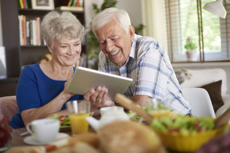 How banks can combat elder financial abuse with advanced CX and analytics 1