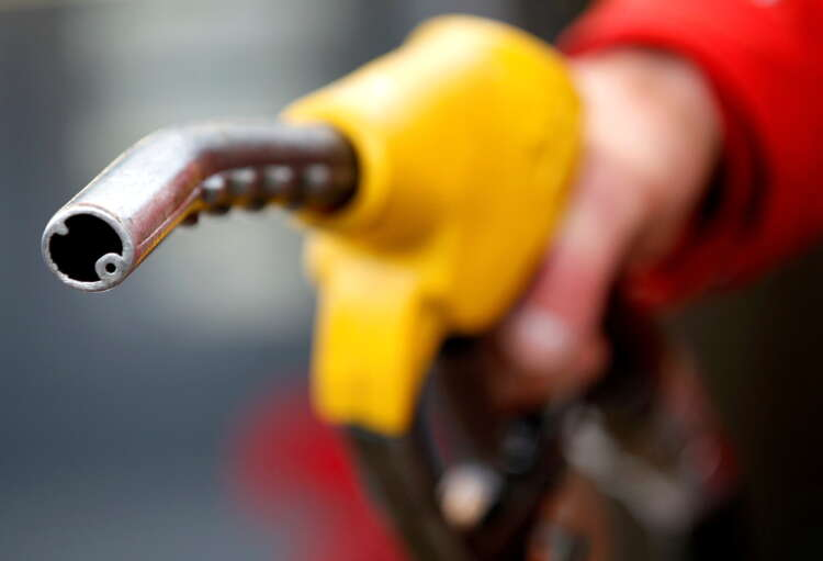 Oil prices slide on worries over China economy and higher crude output 1