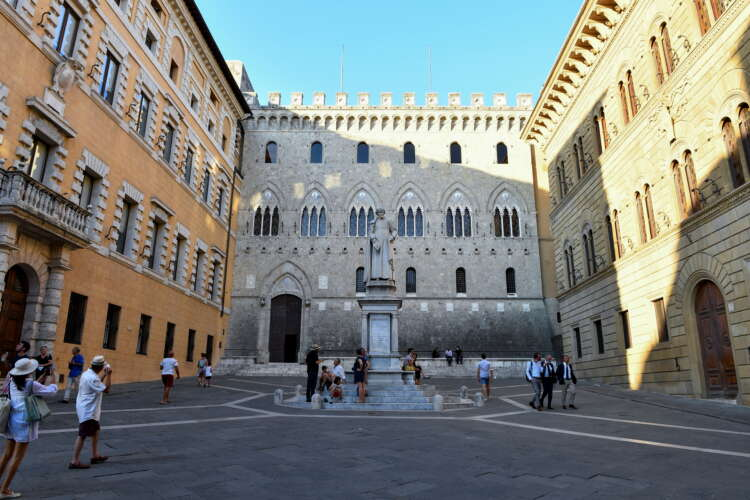 Timeline: Decline and near fall of Italy's Monte dei Paschi, the world's oldest bank 1