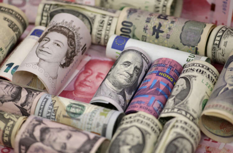 Dollar sluggish as traders bide time before Fed meeting; kiwi jumps 1