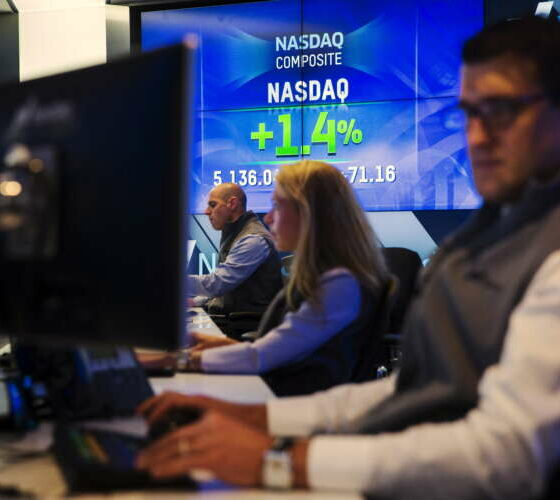 Analysis-How Wall Street's hottest dealmaking trend fizzled 2