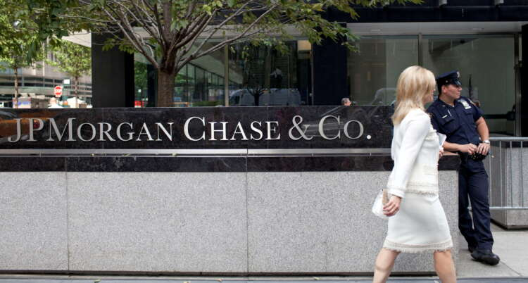 Analysis-JPMorgan's 2021 deal spree aims to fill the few holes left in its global operations 1