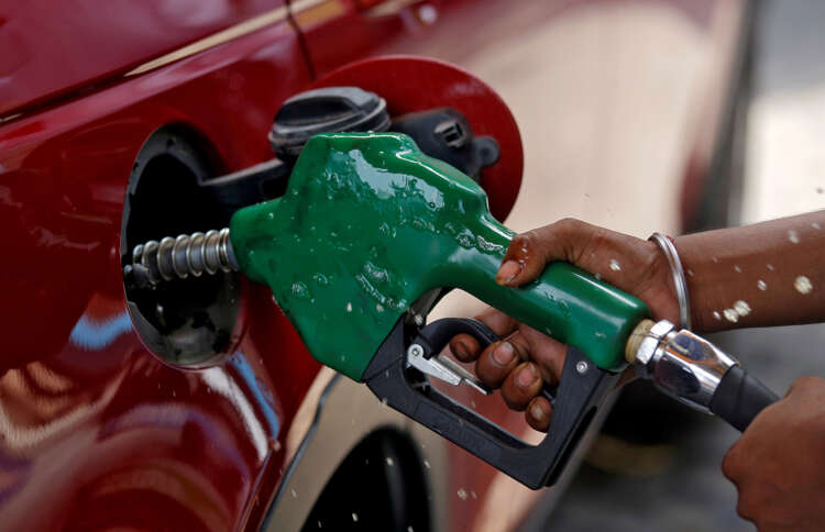 Oil climbs on tight supply, renewed risk appetite 1