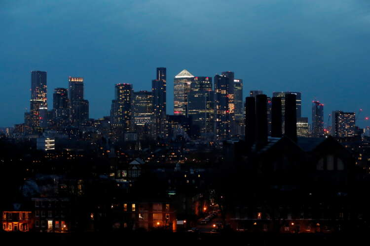 Scrapping banker bonus cap not a priority, says Bank of England's Woods 1