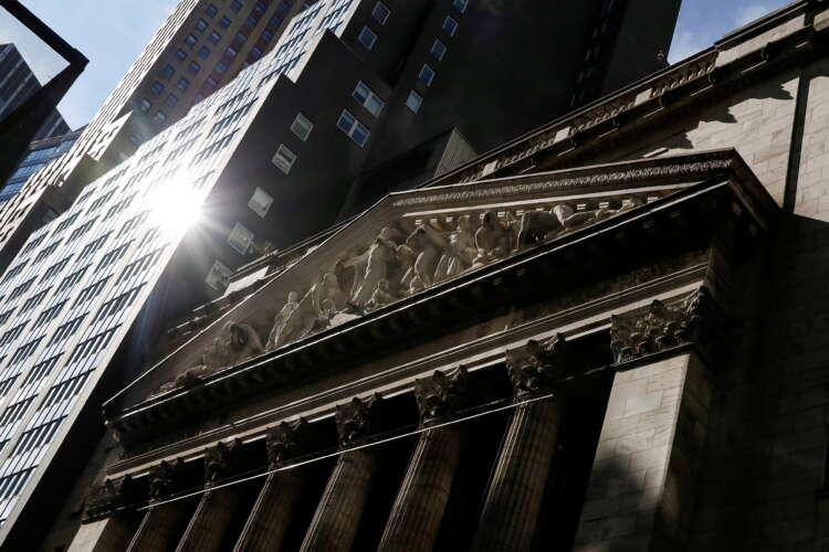 Stocks surge, dollar sags as investors digest Fed, Evergrande 1