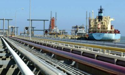 Exclusive-Under U.S. sanctions, Iran and Venezuela strike oil export deal - sources 21