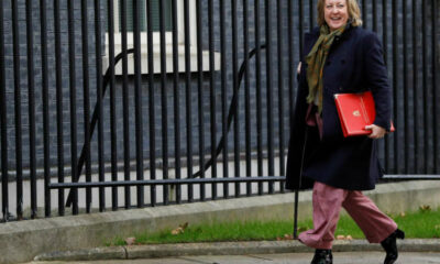 UK to start talks on joining trans-Pacific trade pact 9