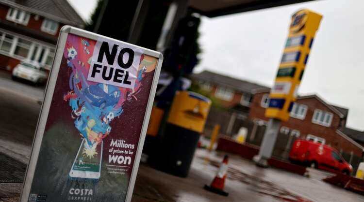 Britain begs drivers: Don't fill old water bottles with fuel at gas stations 1