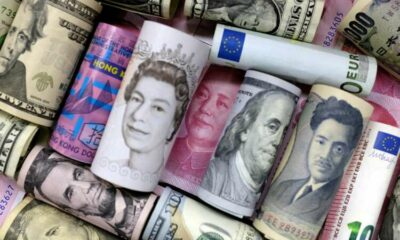 Dollar stands tall as traders brace for tapering 1