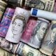 Dollar stands tall as traders brace for tapering 2