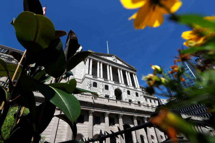 Exclusive-Bank of England ends closed-door policymaker briefings with banks 1