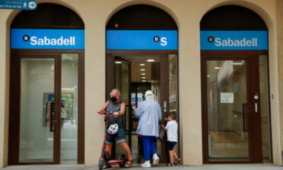 Spanish bank Sabadell reaches deal with union to cut jobs 10