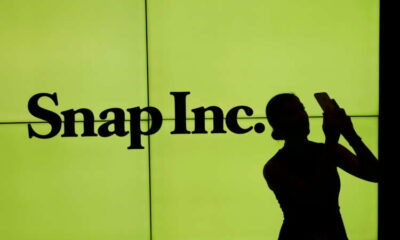 Snap shares plunge 25% as Apple privacy changes hit ads business 5