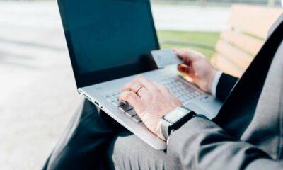 Cross-border opportunities: Leveraging e-commerce for business growth 8